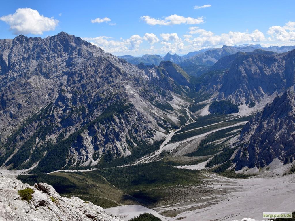 Blick vom Hinterbergkopf auf Wimbachgrieß und Watzmann
