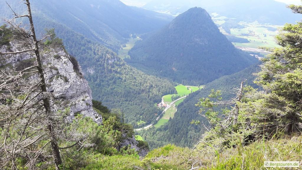 Tiefblick auf Zwing und Kienbergl