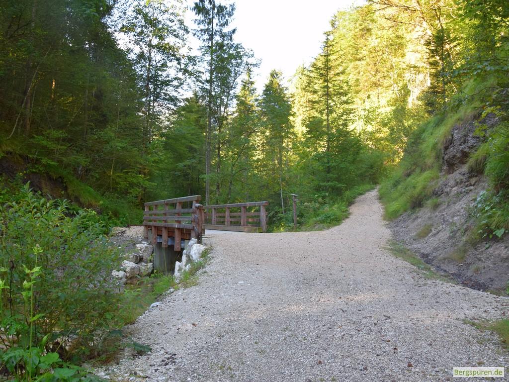 Litzlbach-Brücke und Abzweigung zur Reiteralm