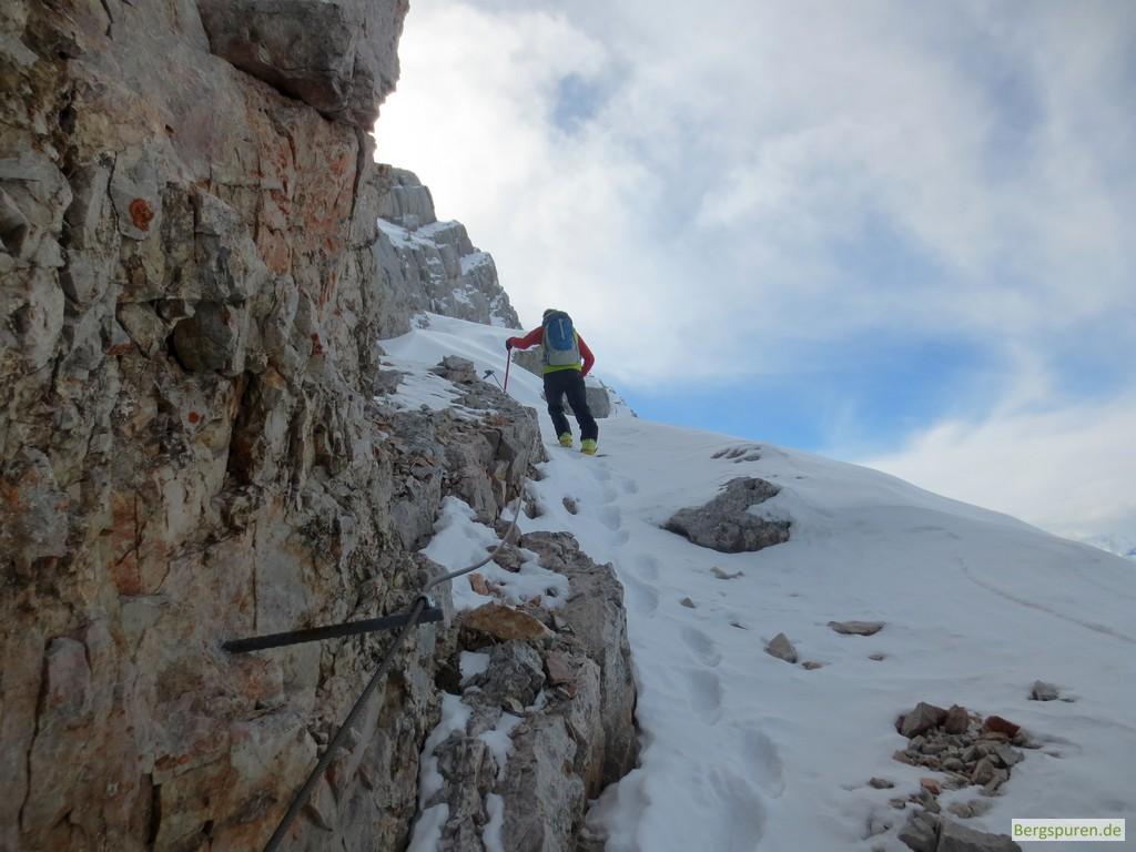 Breites geneigtes Felsband beim Anstieg auf das Birnhorn