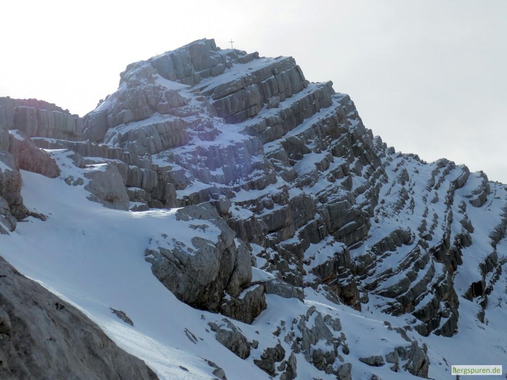 Schneebedeckter Gipfel des Birnhorns in den Leoganger Steinbergen