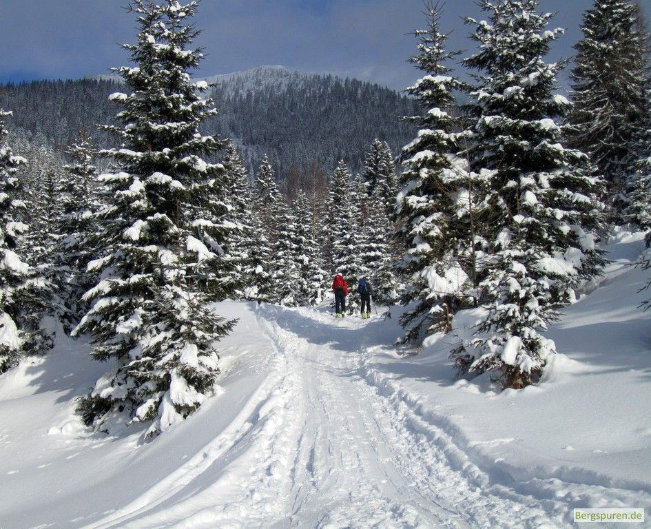 Skitour Peitingköpfl: Start beim Heutalbauer