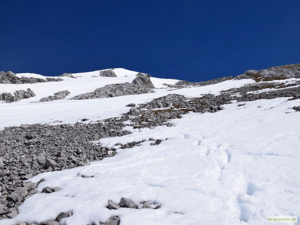 Gipfelanstieg zu Fuß auf das Steintalhörndl